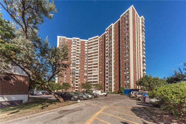 Main Photo: Ph 5 60 Pavane Linkway Way in Toronto: Flemingdon Park Condo for sale (Toronto C11)  : MLS®# C3573843