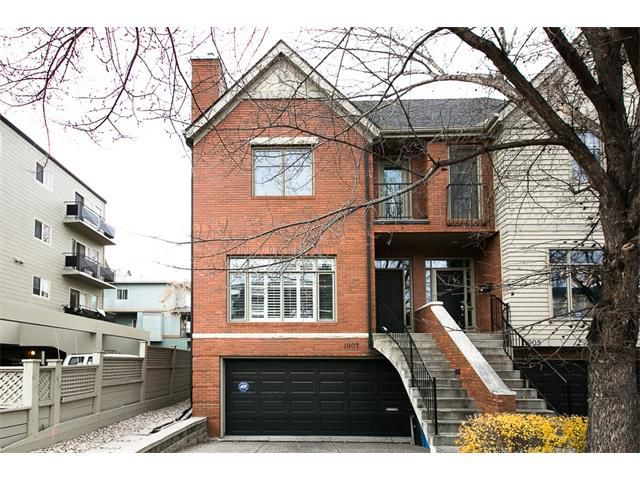 Main Photo: 1907 7 Street SW in Calgary: Lower Mount Royal House for sale : MLS®# C4088474