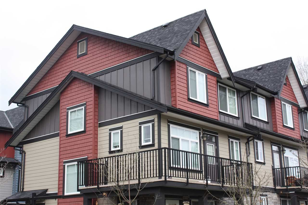 """Main Photo: 1 6929 142 Street in Surrey: East Newton Townhouse for sale in """"REDWOOD"""" : MLS®# R2139266"""