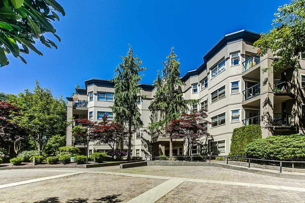 """Main Photo: 314 2615 JANE Street in Port Coquitlam: Central Pt Coquitlam Condo for sale in """"BURLEIGH GREEN"""" : MLS®# R2174335"""