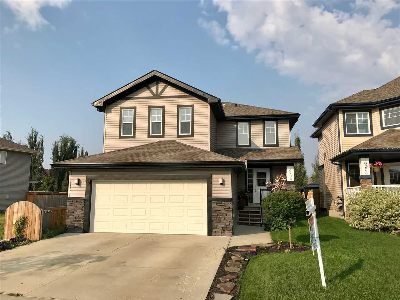 Main Photo: 10206 96 Street: Morinville House for sale : MLS®# E4134596