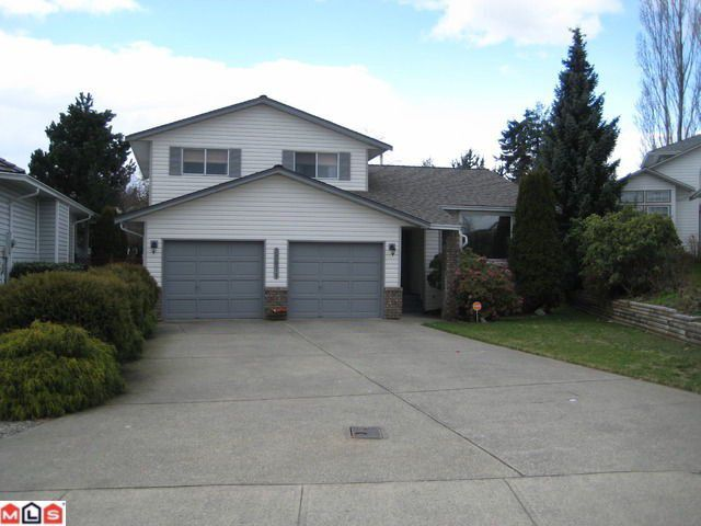 """Main Photo: 32071 CLINTON Avenue in Abbotsford: Abbotsford West House for sale in """"FAIRFIELD ESTATE"""""""