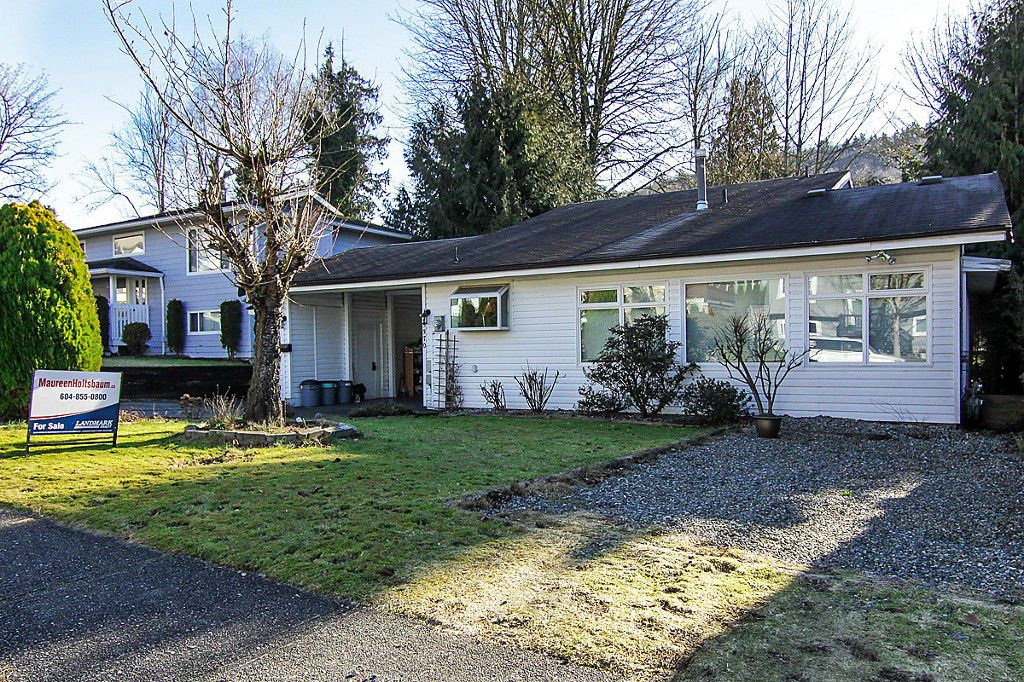 """Main Photo: 35370 SELKIRK Avenue in Abbotsford: Abbotsford East House for sale in """"Prince Charles School"""" : MLS®# F1402103"""