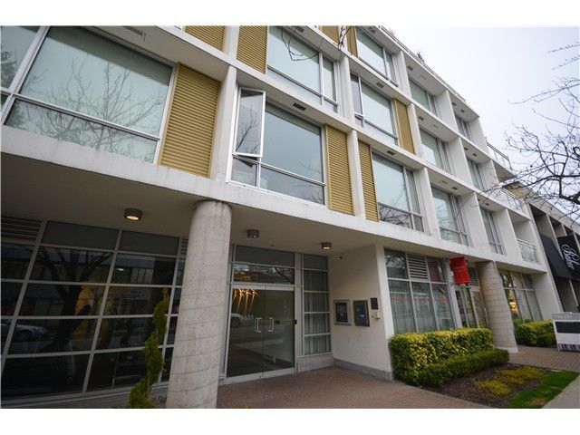 Main Photo: 309 1635 W 3RD Avenue in Vancouver: False Creek Condo for sale (Vancouver West)  : MLS®# V1052972
