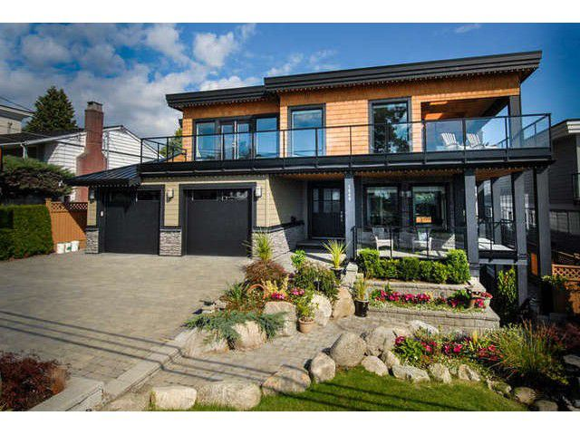 Main Photo: 1040 LEE Street: White Rock House for sale (South Surrey White Rock)  : MLS®# F1442706