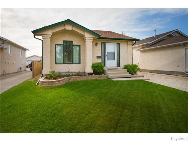 Main Photo: 44 Glencairn Road in Winnipeg: West Kildonan / Garden City Residential for sale (North West Winnipeg)  : MLS®# 1614861