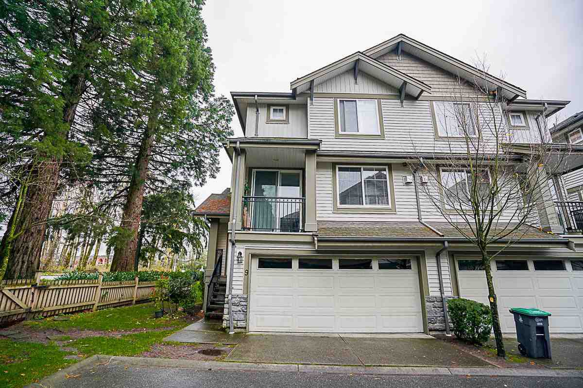 Main Photo: 9 14453 72 Avenue in Surrey: East Newton Townhouse for sale : MLS®# R2124742