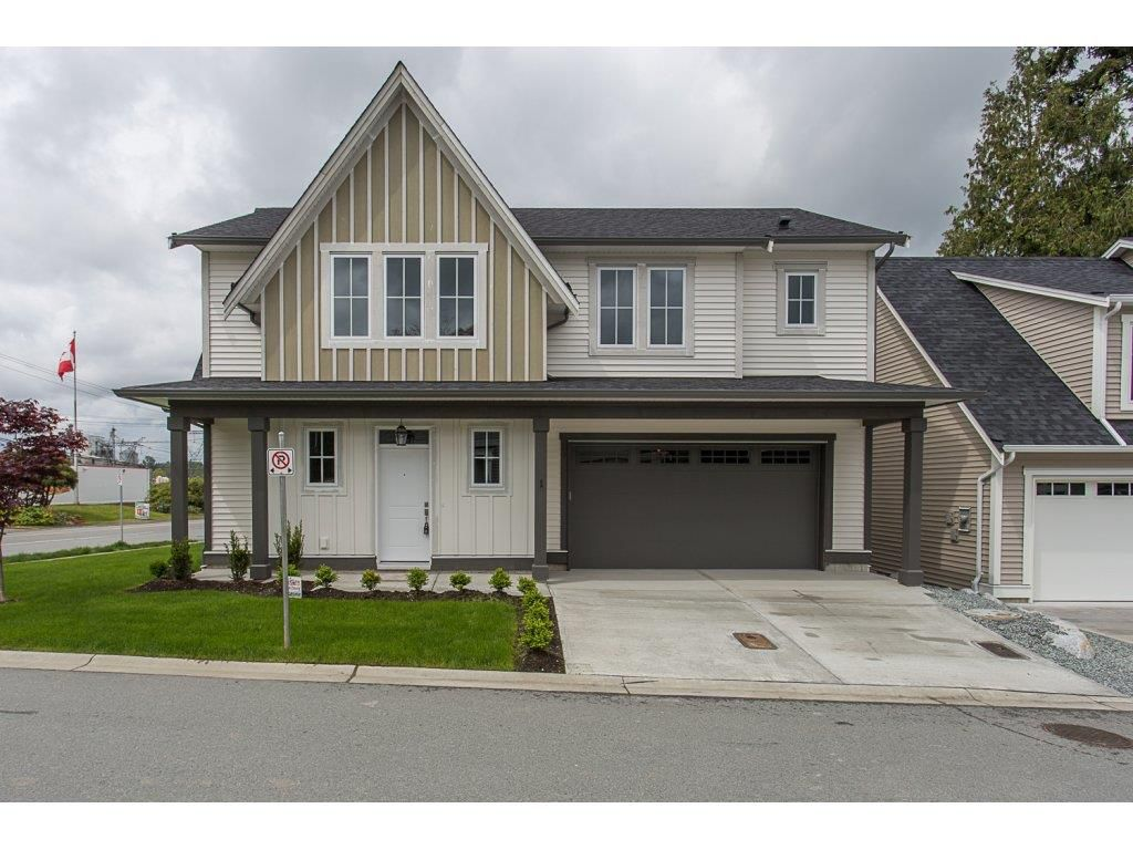 """Main Photo: 1 33973 HAZELWOOD Avenue in Abbotsford: Abbotsford East House for sale in """"Heron Pointe!"""" : MLS®# R2166921"""