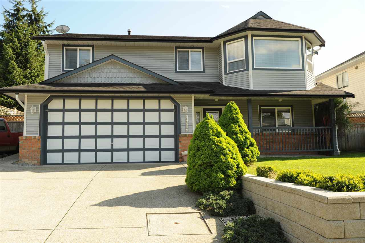 Main Photo: 22982 125A Avenue in Maple Ridge: East Central House for sale : MLS®# R2198308