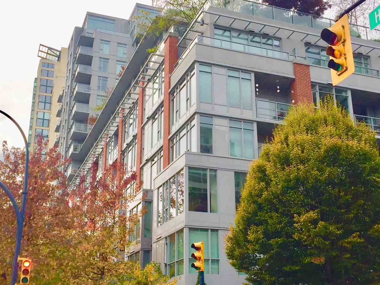 """Main Photo: 410 1133 HOMER Street in Vancouver: Yaletown Condo for sale in """"Yaletown"""" (Vancouver West)  : MLS®# R2226540"""
