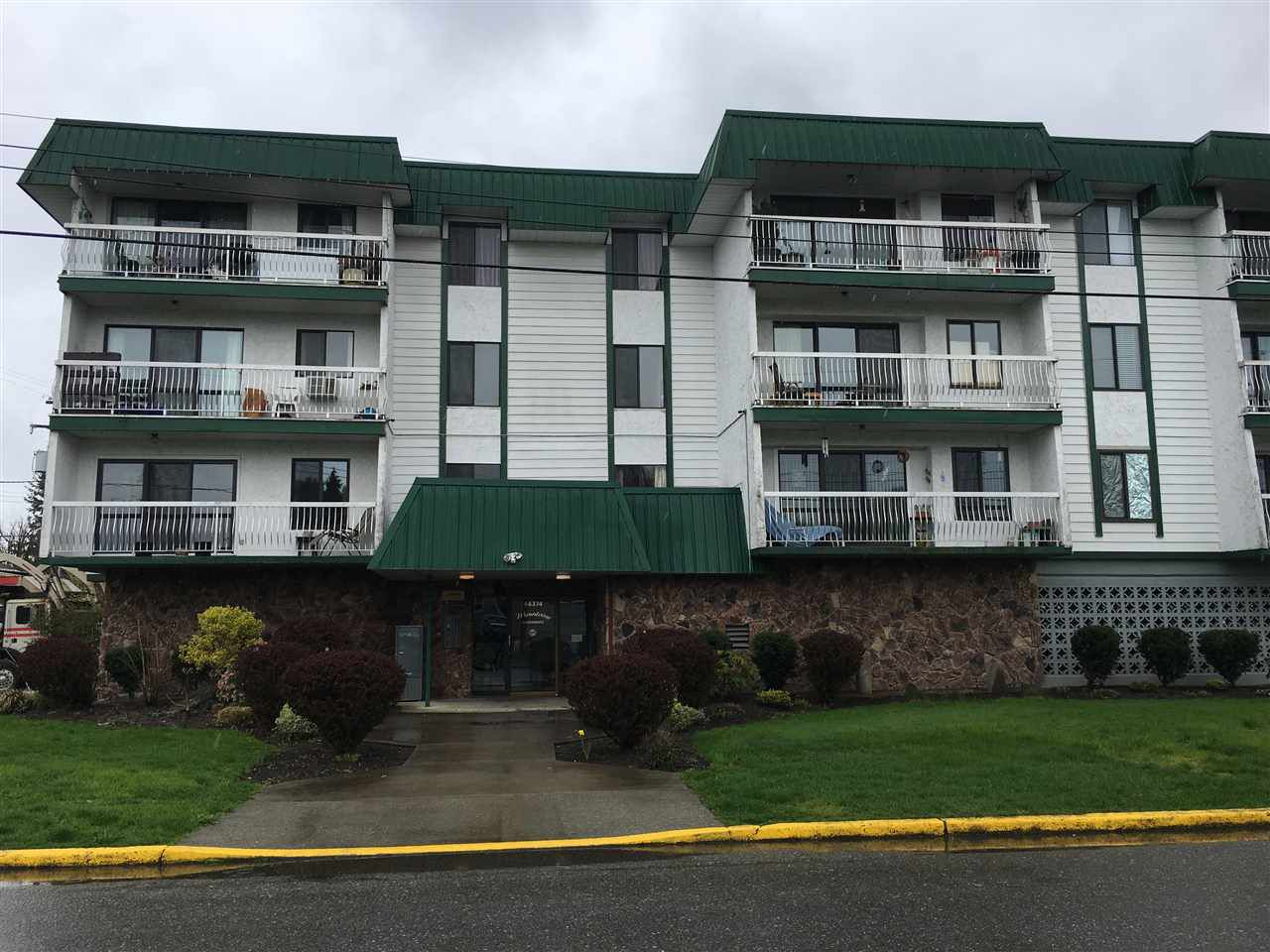 "Main Photo: 303 46374 MARGARET Avenue in Chilliwack: Chilliwack E Young-Yale Condo for sale in ""Mountains View Apartments"" : MLS®# R2257822"