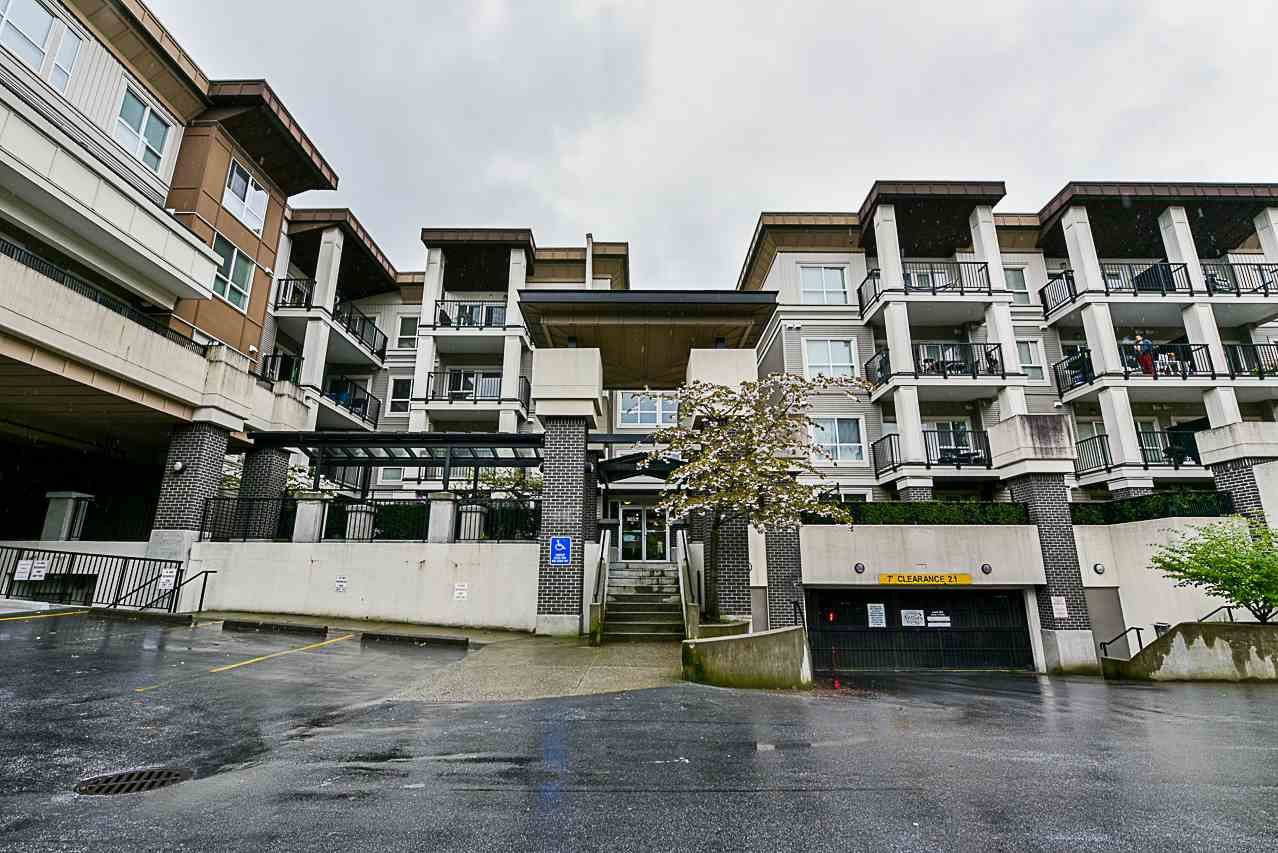 """Main Photo: 309 9655 KING GEORGE Boulevard in Surrey: Whalley Condo for sale in """"GRUV"""" (North Surrey)  : MLS®# R2263119"""