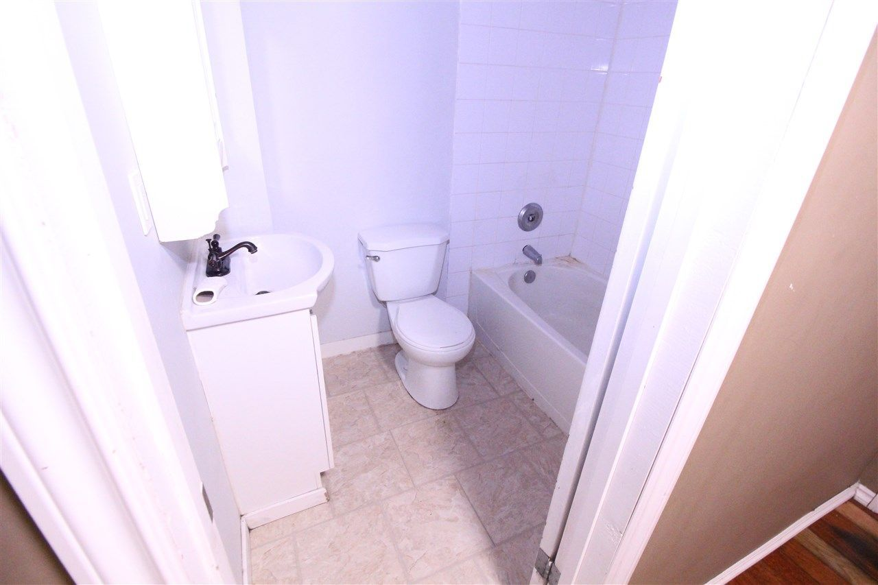 Photo 23: Photos: 11829 62 Street in Edmonton: Zone 06 House for sale : MLS®# E4144330