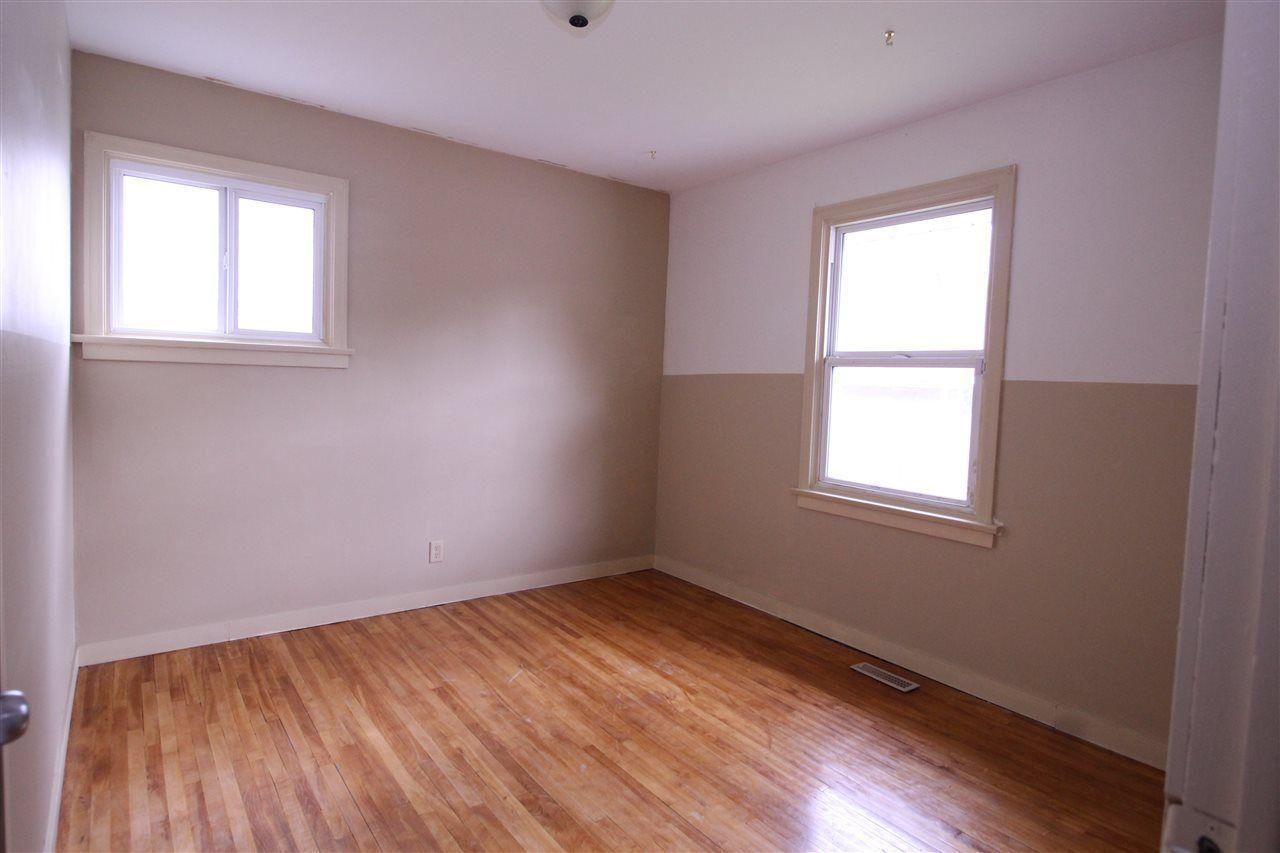 Photo 10: Photos: 11829 62 Street in Edmonton: Zone 06 House for sale : MLS®# E4144330