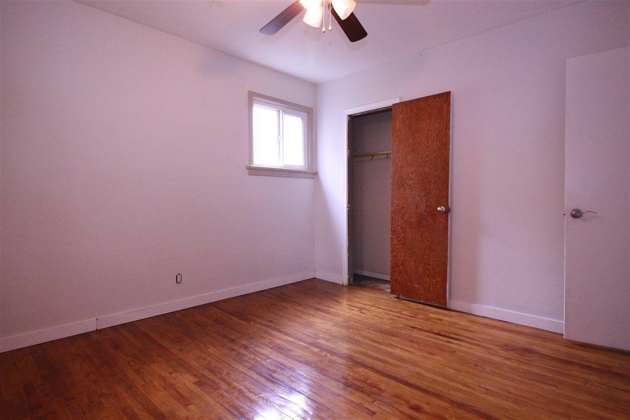 Photo 7: Photos: 11829 62 Street in Edmonton: Zone 06 House for sale : MLS®# E4144330