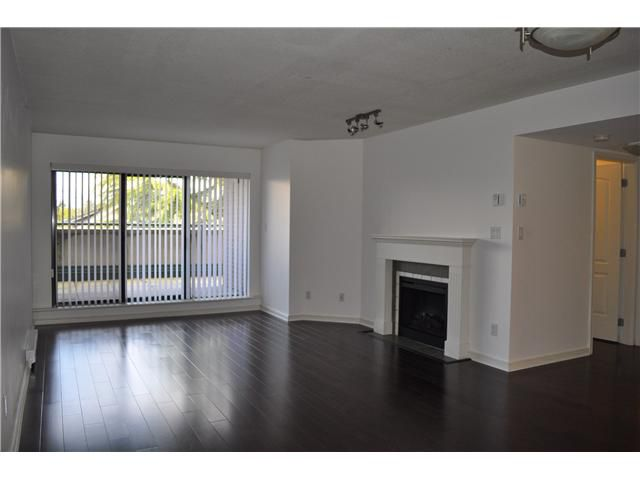 """Main Photo: 211 2665 W BROADWAY in Vancouver: Kitsilano Condo for sale in """"THE MAGUIRE BUILDING"""" (Vancouver West)  : MLS®# V879455"""