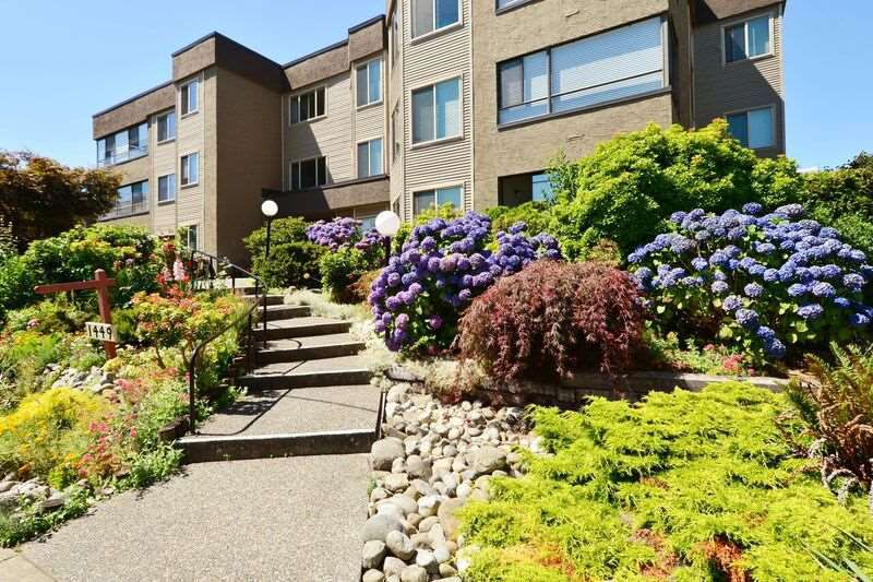 "Main Photo: 303 1449 MERKLIN Street: White Rock Condo for sale in ""Brendann Place"" (South Surrey White Rock)  : MLS®# R2093275"