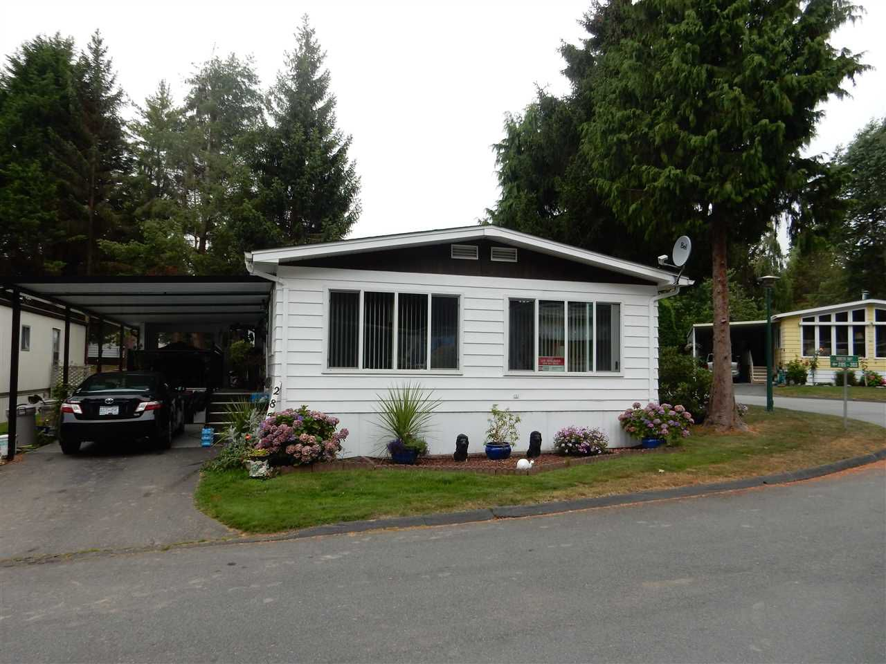 """Main Photo: 285 1840 160 Street in Surrey: King George Corridor Manufactured Home for sale in """"Breakaway Bays"""" (South Surrey White Rock)  : MLS®# R2099018"""