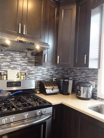 Photo 12: Photos: 19059 67A Avenue in Cloverdale: Clayton House for sale : MLS®# R2240372