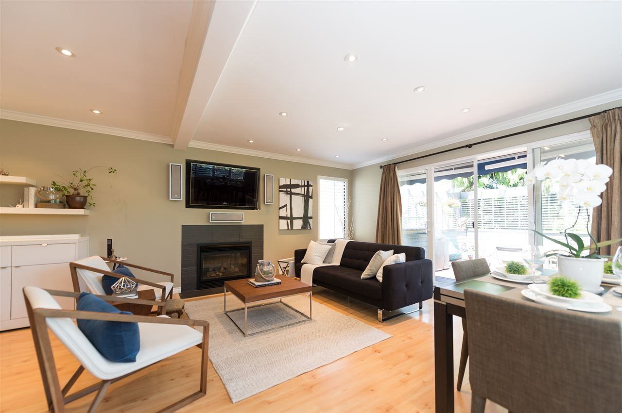 Main Photo: 3153 W 3RD Avenue in Vancouver: Kitsilano House 1/2 Duplex for sale (Vancouver West)  : MLS®# R2077742