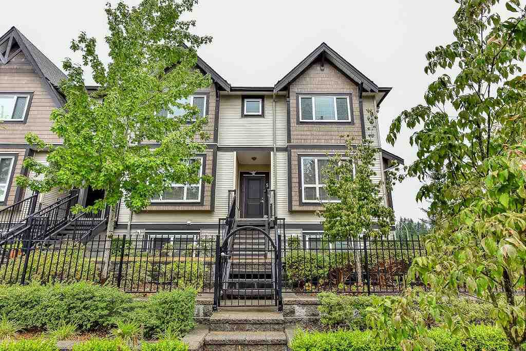 """Main Photo: 5 9077 150 Street in Surrey: Bear Creek Green Timbers Townhouse for sale in """"Crystal Living"""" : MLS®# R2133446"""