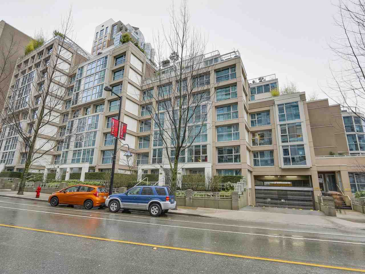 Main Photo: 202 1388 HOMER STREET in Vancouver: Yaletown Condo for sale (Vancouver West)  : MLS®# R2230865