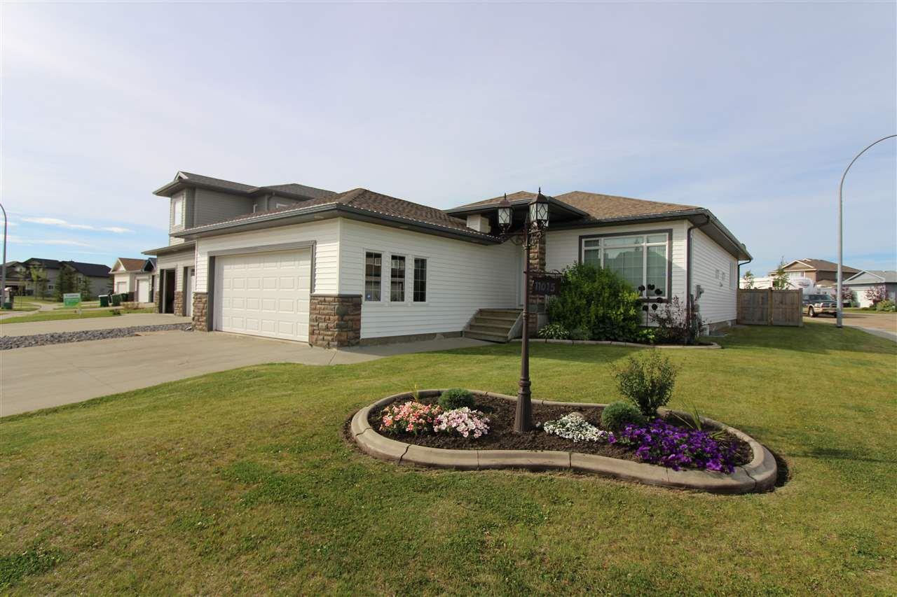 Main Photo: 11015 103 Street: Westlock House for sale : MLS®# E4109433