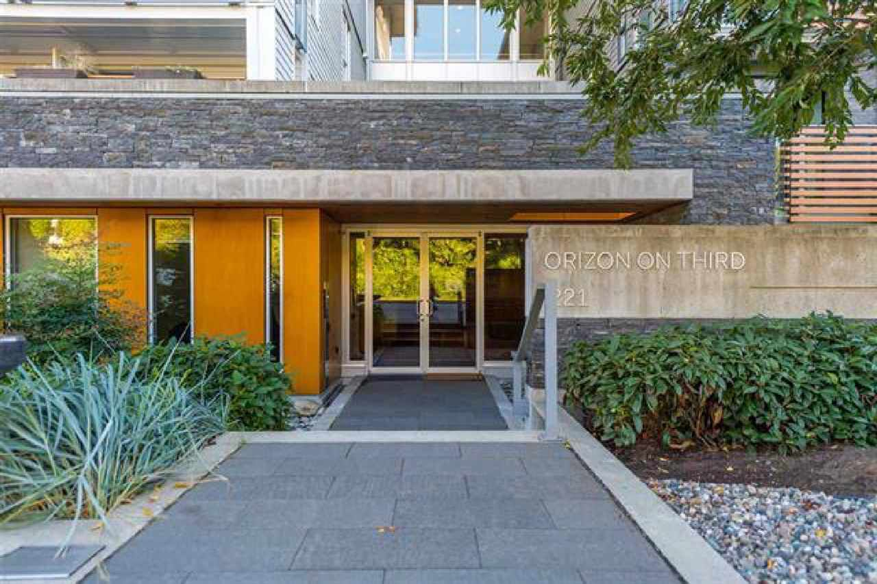 """Main Photo: 111 221 E 3RD Street in North Vancouver: Lower Lonsdale Condo for sale in """"ORIZON ON THIRD"""" : MLS®# R2291444"""