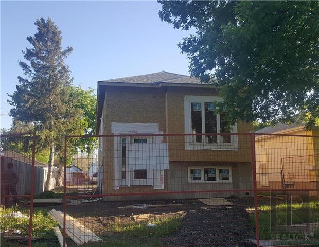 Main Photo: 334 SEMPLE Avenue in Winnipeg: West Kildonan Residential for sale (4D)  : MLS®# 1814881