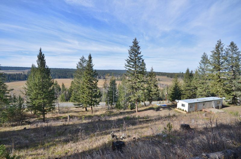 Main Photo: 2359 CHIMNEY LAKE Road in Williams Lake: Williams Lake - Rural South Manufactured Home for sale (Williams Lake (Zone 27))  : MLS®# R2313051