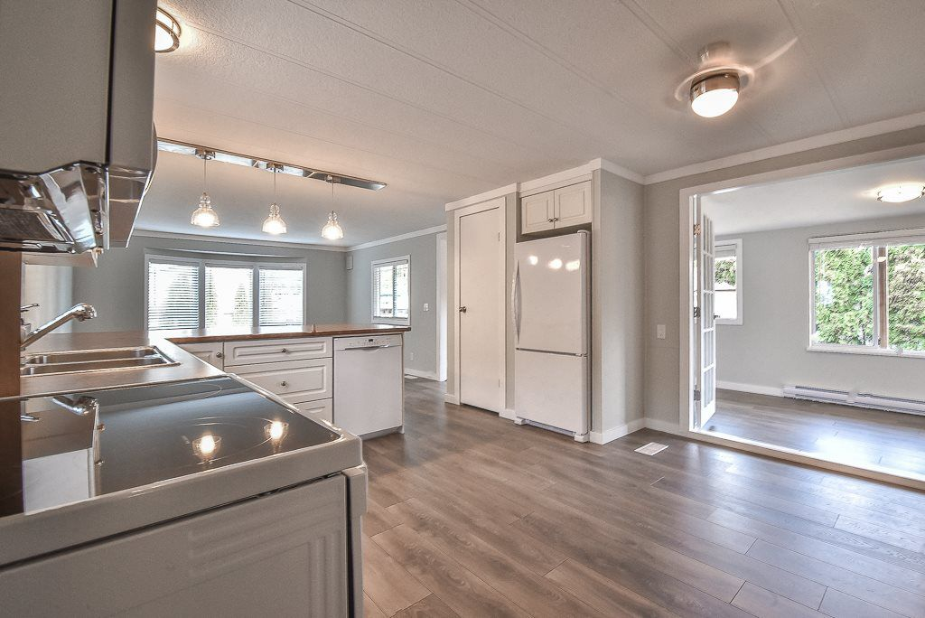 """Main Photo: 118 10221 WILSON Street in Mission: Mission BC Manufactured Home for sale in """"Triple Creek Estate"""" : MLS®# R2331948"""