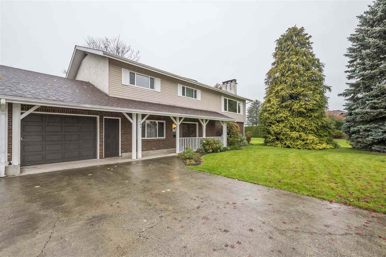 Main Photo: 7045 SHEFFIELD Way in Sardis: Sardis East Vedder Rd House for sale : MLS®# R2337183