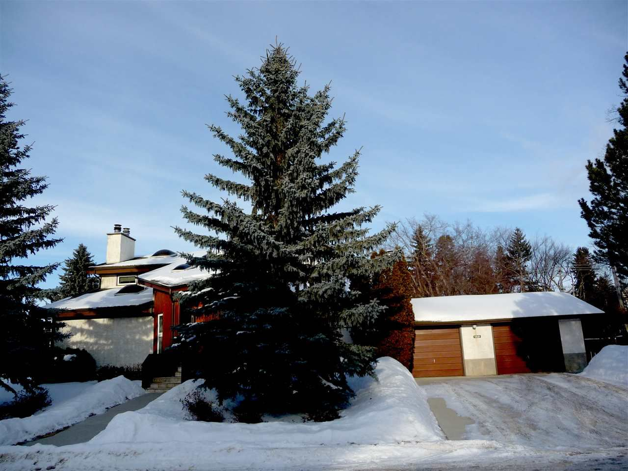 Main Photo: 8339 120 Street in Edmonton: Zone 15 House for sale : MLS®# E4146517