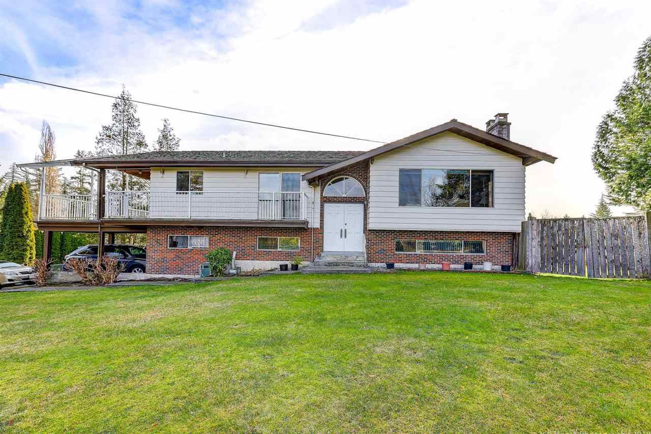 """Main Photo: 22676 78 Avenue in Langley: Fort Langley House for sale in """"Forest Knolls"""" : MLS®# R2357236"""