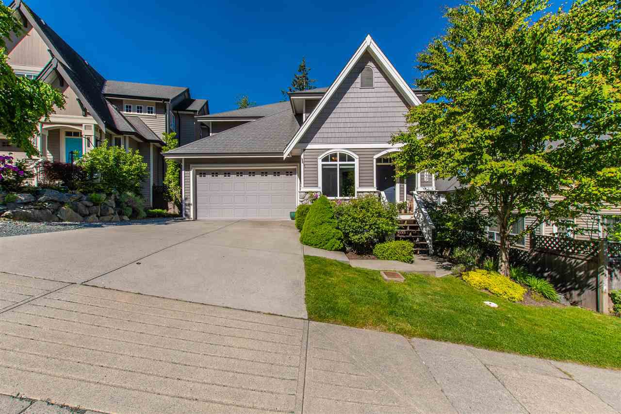 Main Photo: 5749 KESTREL Drive in Sardis: Promontory House for sale : MLS®# R2371290