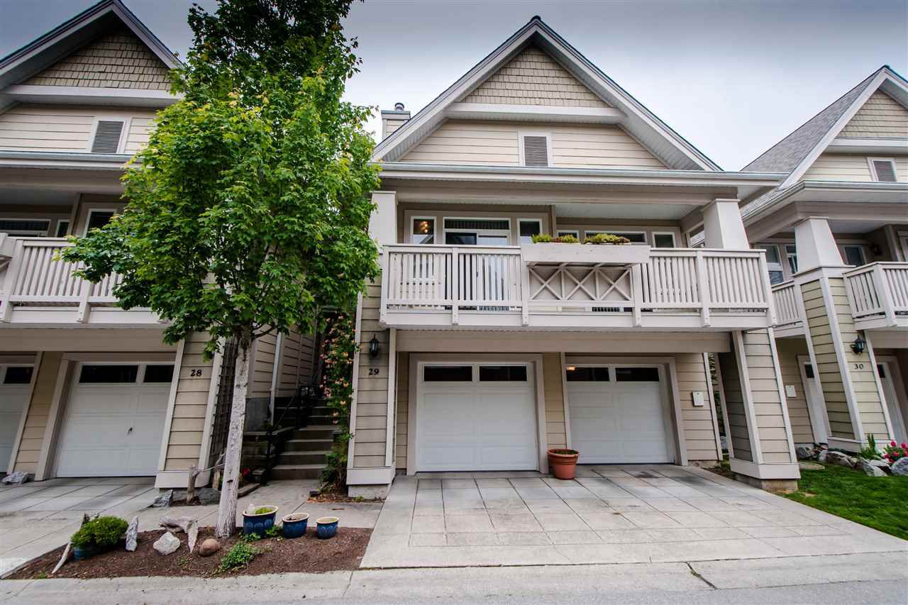 """Main Photo: 29 2588 152 Street in Surrey: King George Corridor Townhouse for sale in """"WOODGROVE"""" (South Surrey White Rock)  : MLS®# R2376781"""