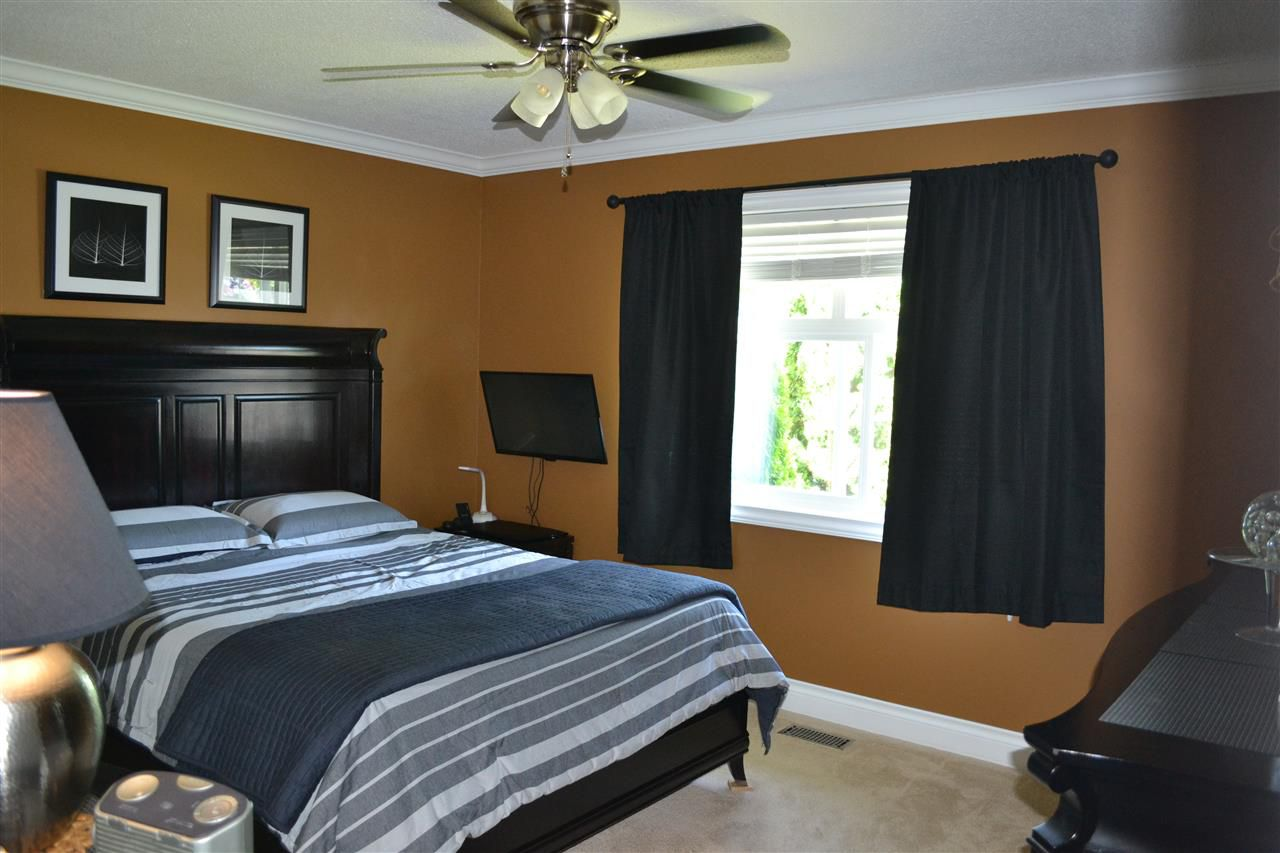 Photo 11: Photos: 32557 WILLINGDON Crescent in Abbotsford: Abbotsford West House for sale : MLS®# R2377730