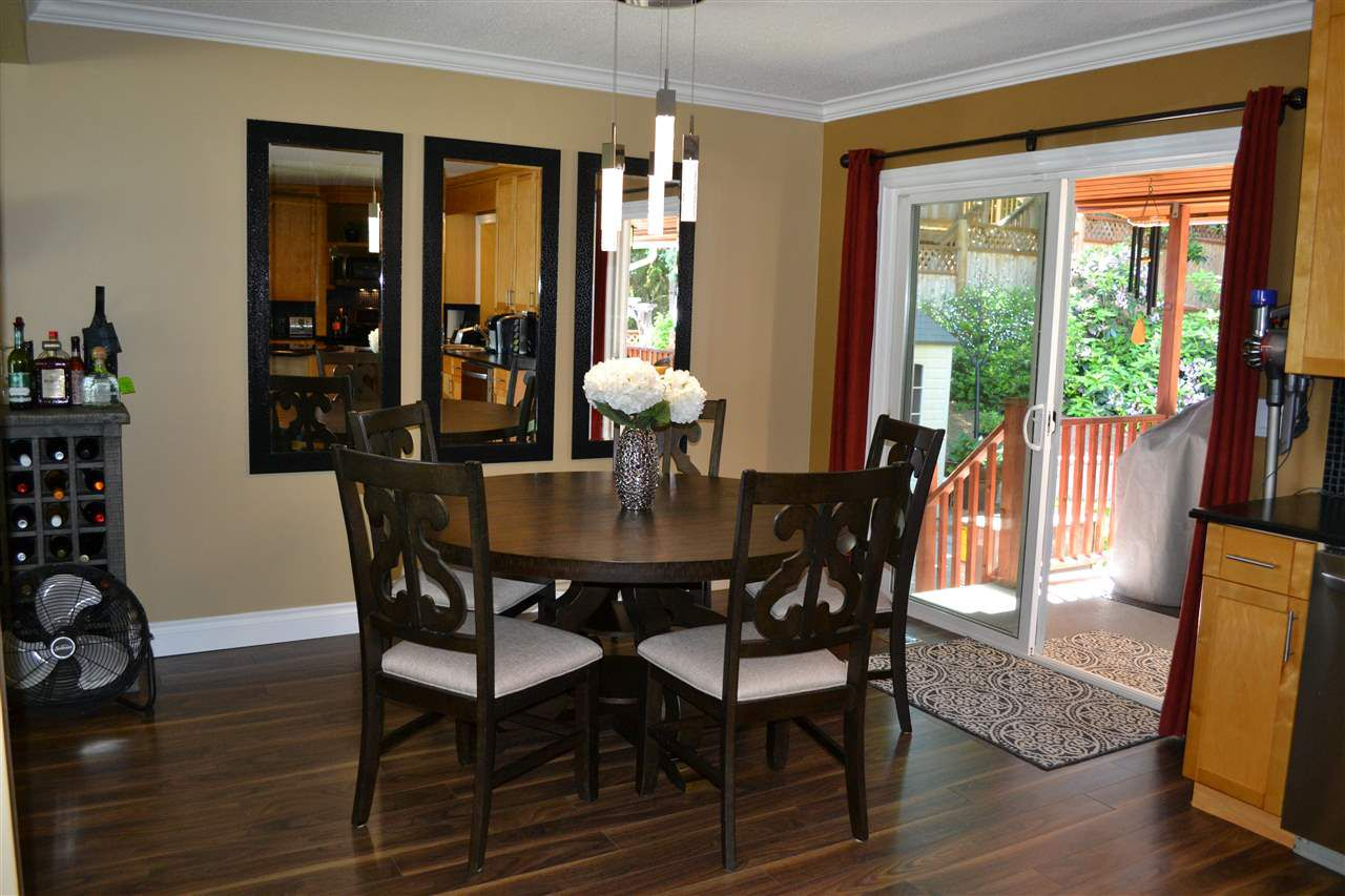 Photo 6: Photos: 32557 WILLINGDON Crescent in Abbotsford: Abbotsford West House for sale : MLS®# R2377730