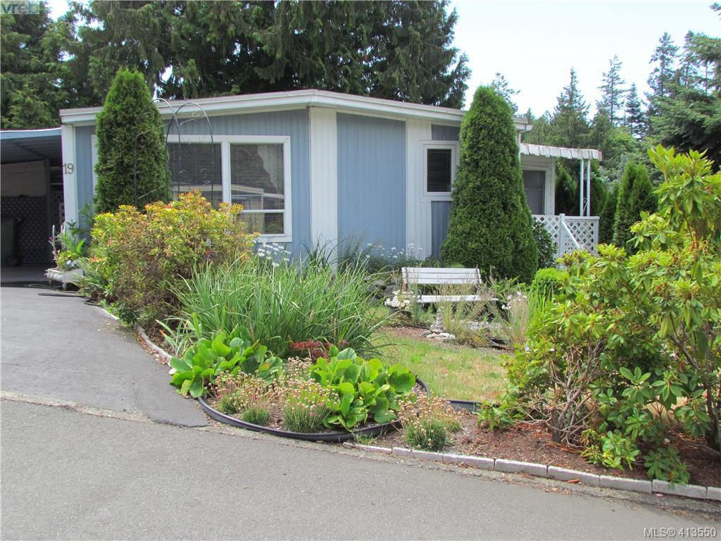 Main Photo: 19 2587 Selwyn Road in VICTORIA: La Mill Hill Manu Double-Wide for sale (Langford)  : MLS®# 413550