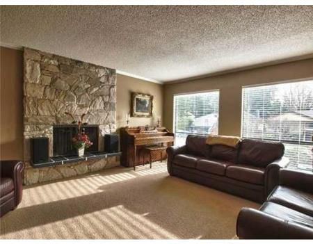 Main Photo: 1748 SCOTT RD in North Vancouver: House for sale (Lynn Valley)  : MLS®# V866717