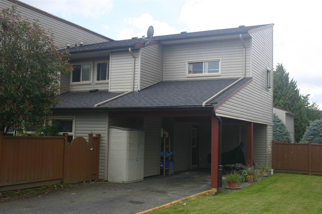 "Main Photo: 41 27456 32 Avenue in Langley: Aldergrove Langley Townhouse for sale in ""Cedar Park"" : MLS®# R2090152"