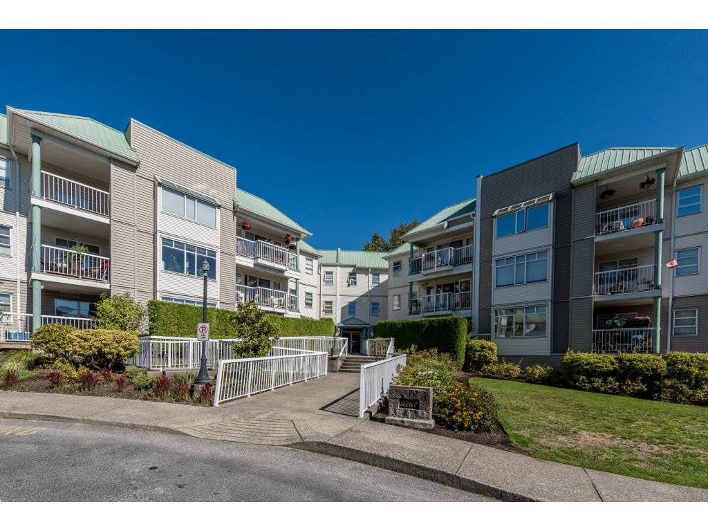 """Main Photo: 204 9767 140TH Street in Surrey: Whalley Condo for sale in """"Fraser Gate"""" (North Surrey)  : MLS®# R2109980"""