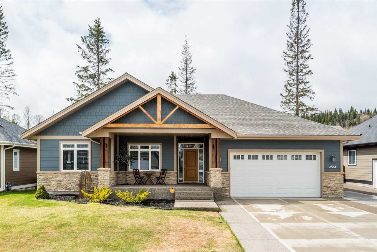 "Main Photo: 2563 MAURICE Drive in Prince George: Charella/Starlane House for sale in ""UNIVERSITY HEIGHTS"" (PG City South (Zone 74))  : MLS®# R2164213"