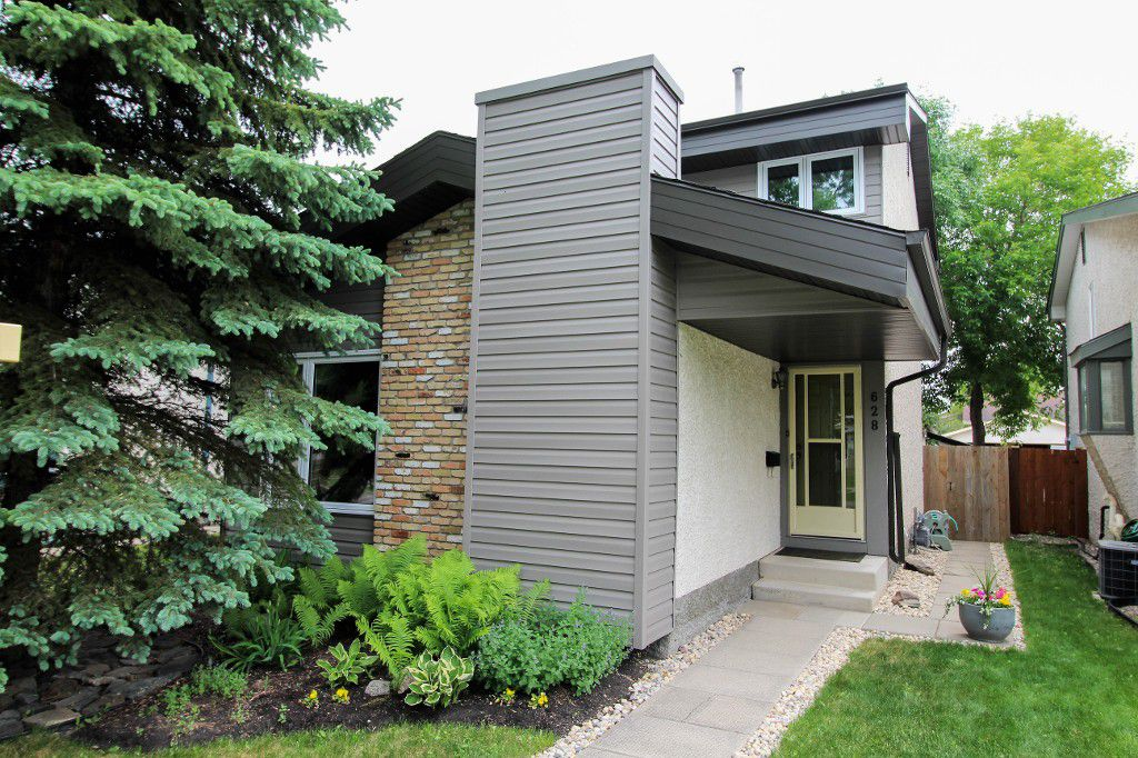Main Photo: Home for sale in Meadowood - Winnipeg Real Estate