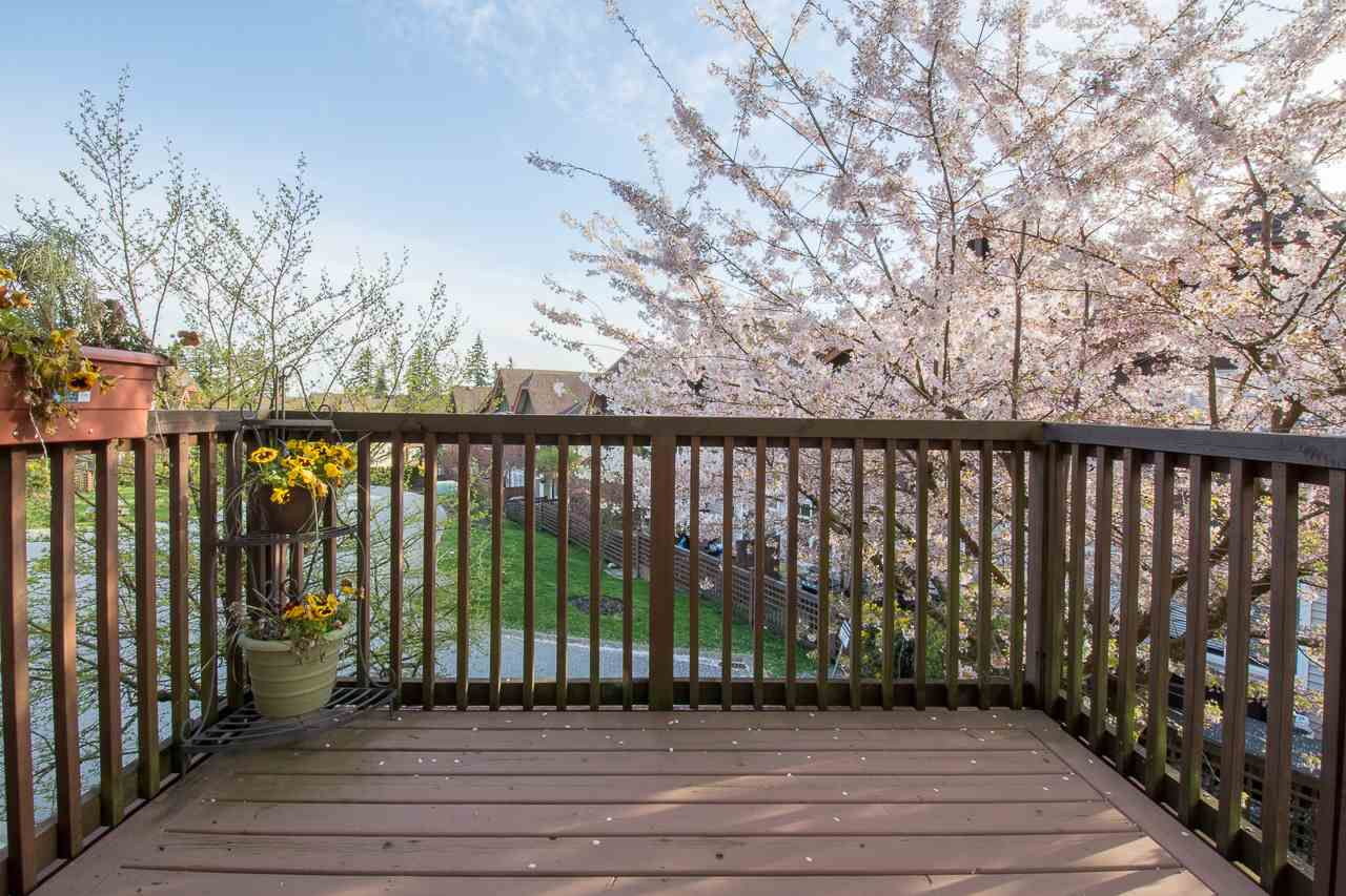 """Main Photo: 113 2000 PANORAMA Drive in Port Moody: Heritage Woods PM Townhouse for sale in """"MOUNTAINS EDGE"""" : MLS®# R2261425"""