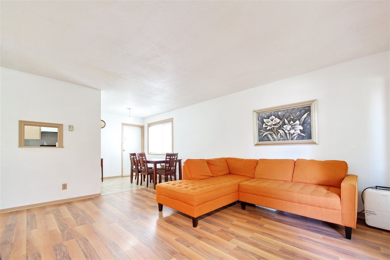 Main Photo: 3 25 GARDEN Drive in Vancouver: Hastings Condo for sale (Vancouver East)  : MLS®# R2275368