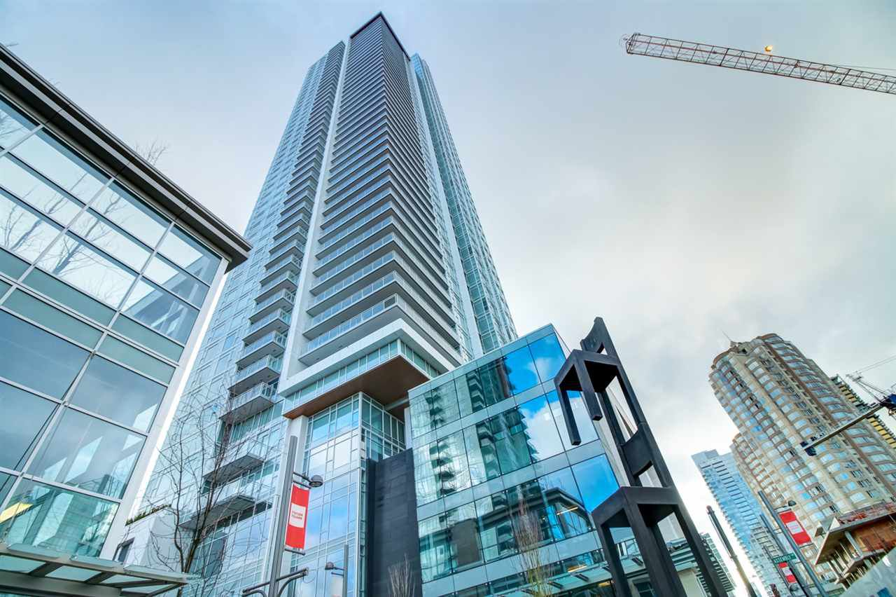 """Main Photo: 2808 4670 ASSEMBLY Way in Burnaby: Metrotown Condo for sale in """"STATION SQUARE 2"""" (Burnaby South)  : MLS®# R2330250"""