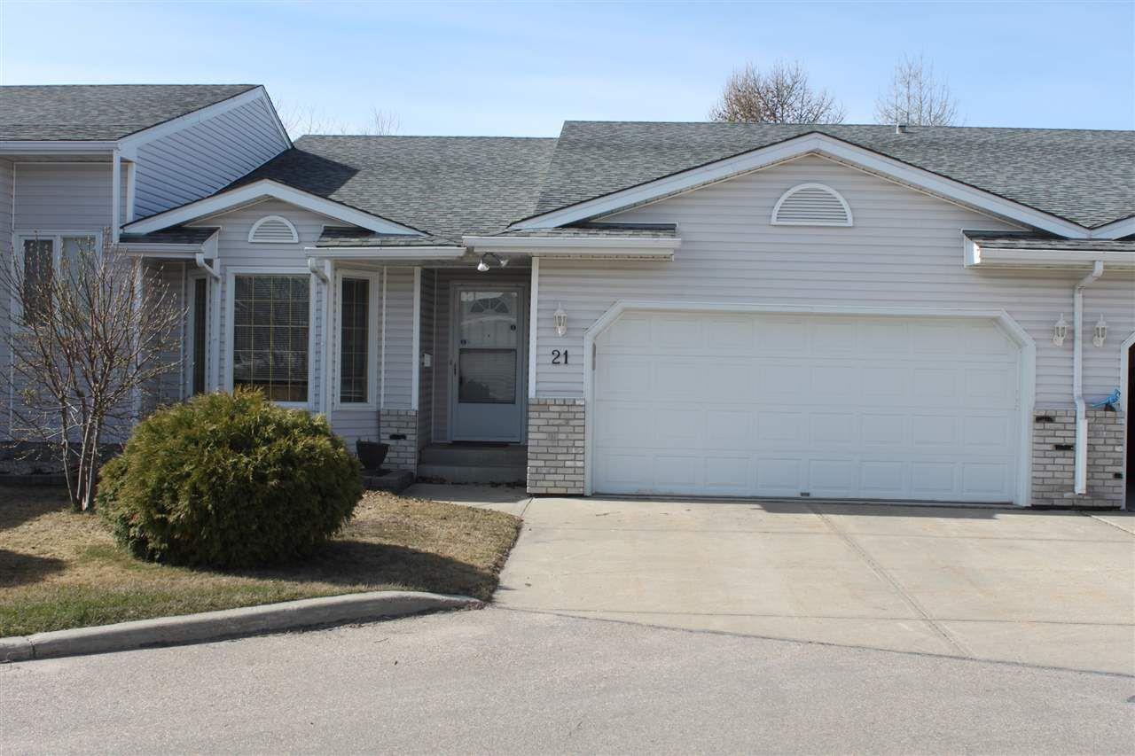 Main Photo: #21  2a FIELDSTONE Drive: Spruce Grove House Half Duplex for sale : MLS®# E4150897