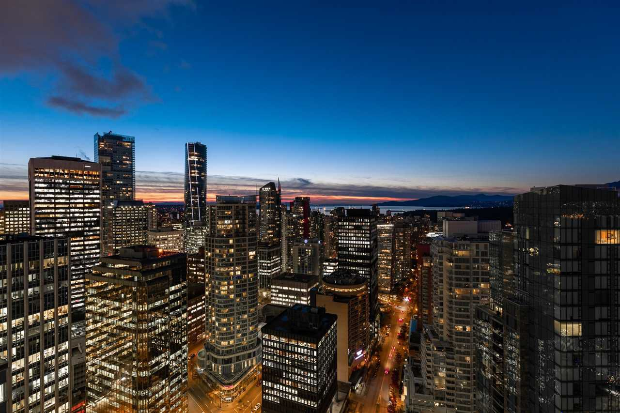 """Main Photo: 3405 1077 W CORDOVA Street in Vancouver: Coal Harbour Condo for sale in """"Shaw Tower"""" (Vancouver West)  : MLS®# R2371479"""