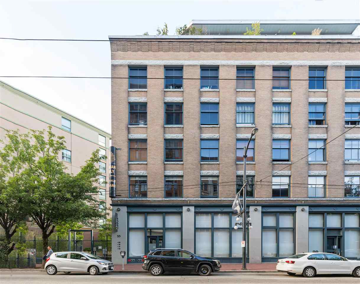 """Main Photo: 418 55 E CORDOVA Street in Vancouver: Downtown VE Condo for sale in """"Koret Lofts"""" (Vancouver East)  : MLS®# R2380964"""